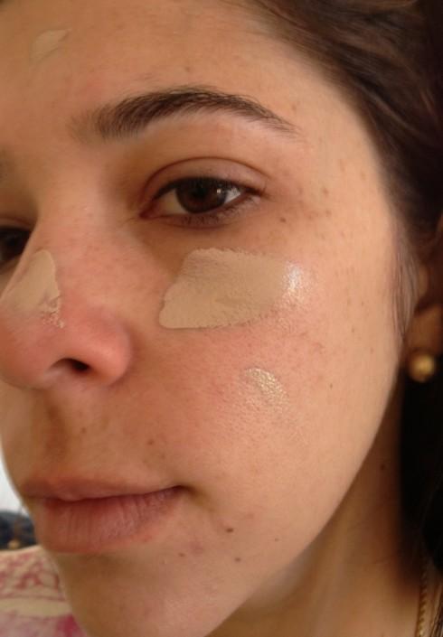 Meu rosto sem nada e aplicando BB Cream Missha.